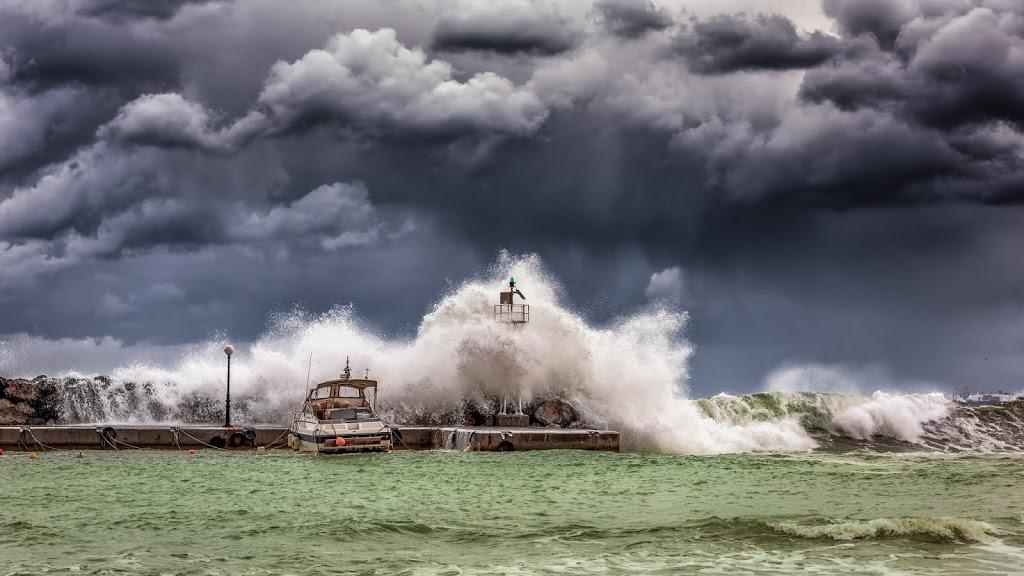 what-causes-a-tsunami